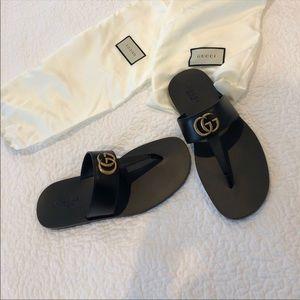 0bc0e44be Gucci Shoes - Unisex Gucci black sandals NWT